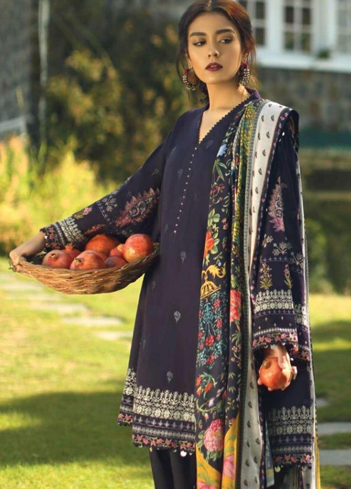 Zara Shahjahan Embroidered Karandi Unstitched 3 Piece Suit ZS18W AAR - Winter Shawl Collection