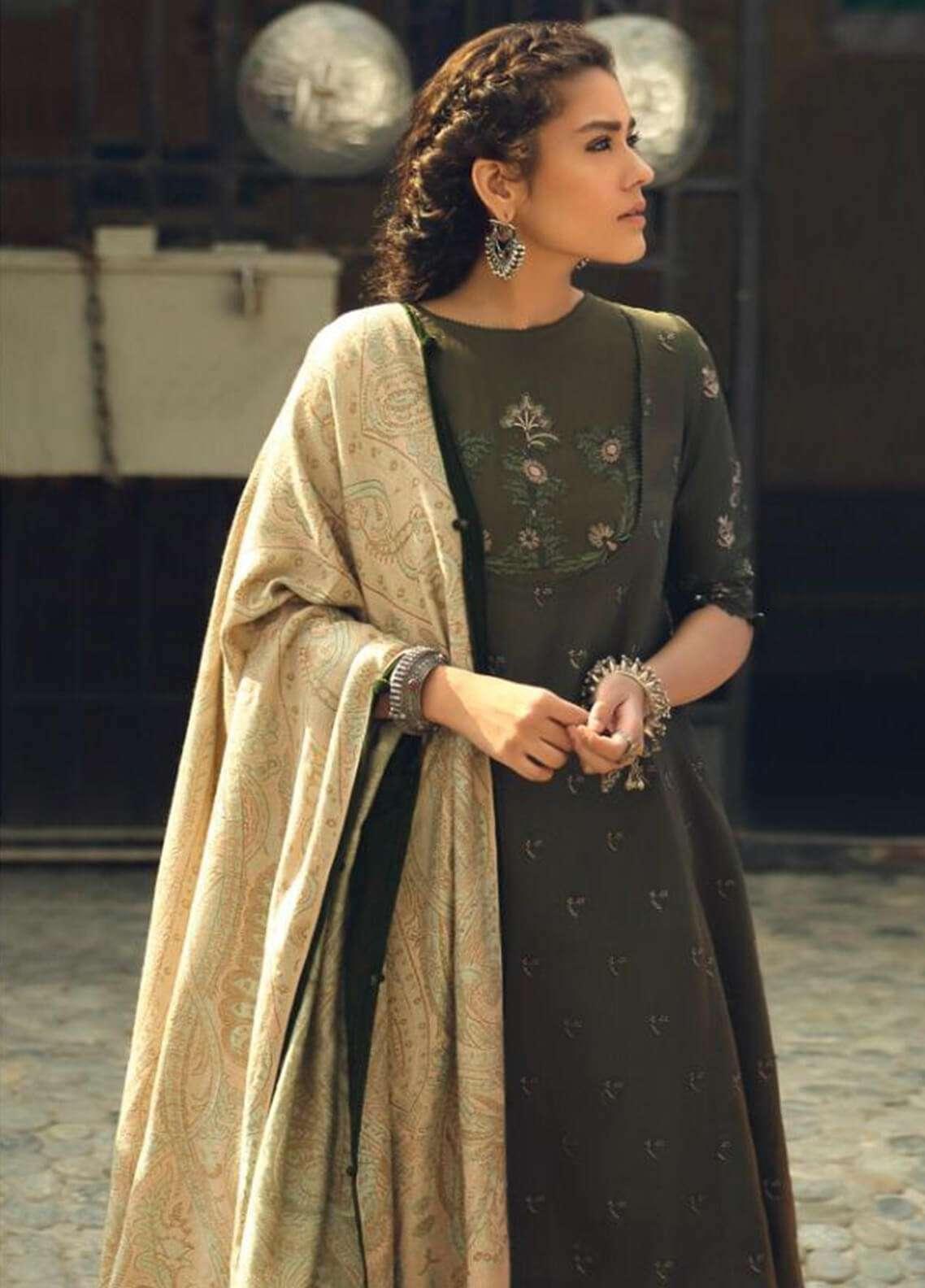 Zara Shahjahan Embroidered Karandi Unstitched 3 Piece Suit ZS18W BEHER - Winter Shawl Collection