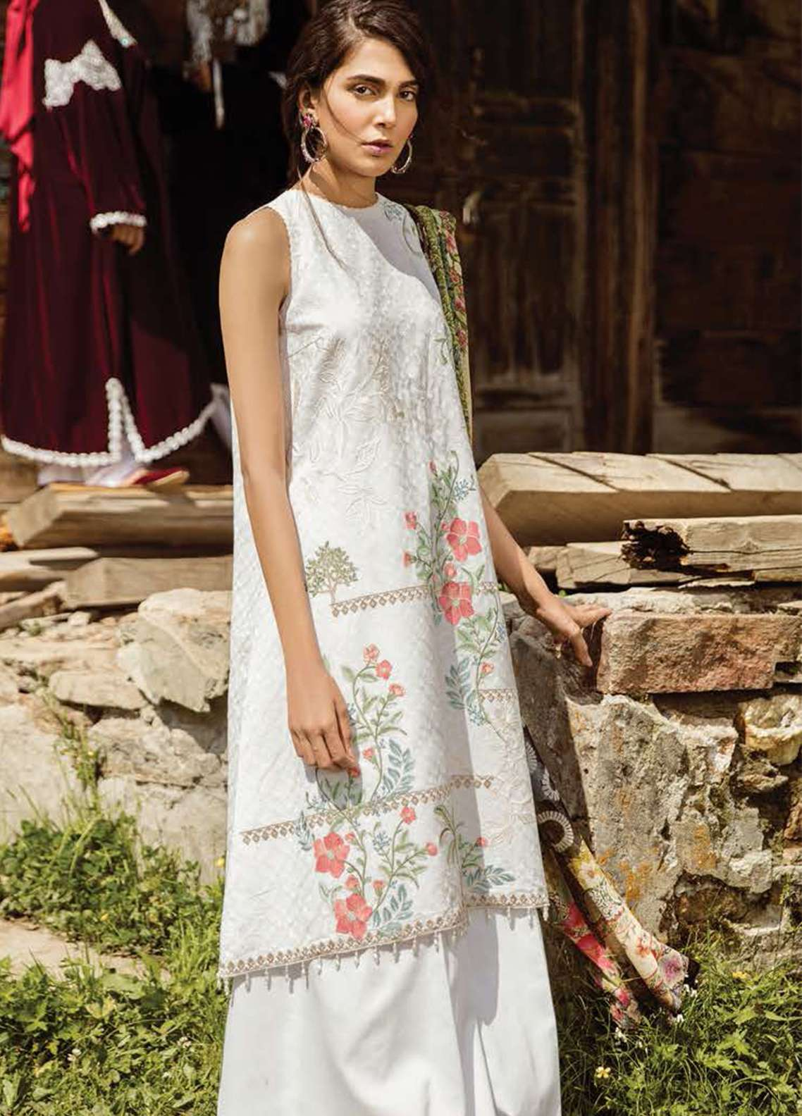 Zara Shahjahan Embroidered Lawn Unstitched 3 Piece Suit ZSM18L 03 - Luxury Collection